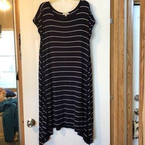 Max studio Navy blue and white striped soft dress